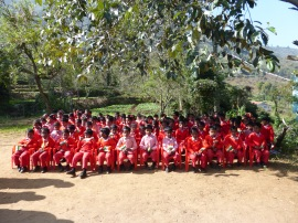 Des enfants scolarisés à My school Staya Surabhi